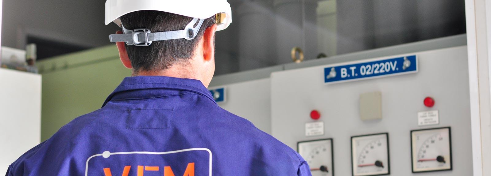 Mantenimiento de instalaciones eléctricas - Villa Flores Martín