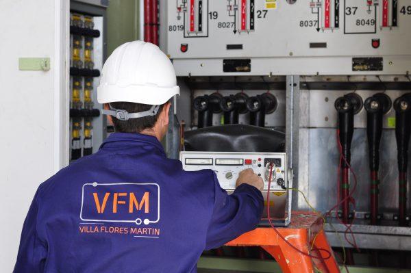 No descuides el mantenimiento de instalaciones eléctricas en Alta y Baja Tensión por las vacaciones - Villa Flores Martín