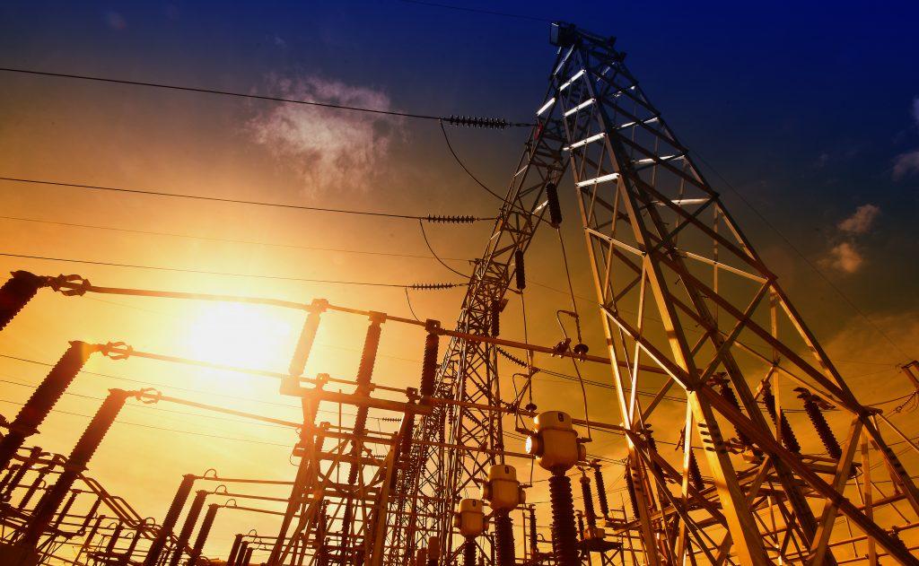 Diferencias entre una comercializadora y una distribuidora eléctrica